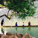 babe_lake_vietnam