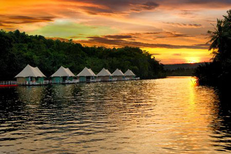 4 Rivers Floating Lodge - Sunset
