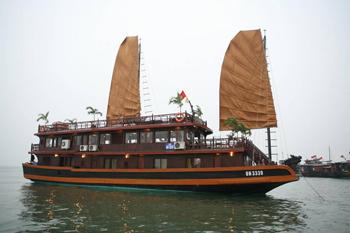 Classic Sail Halong – 2 Days