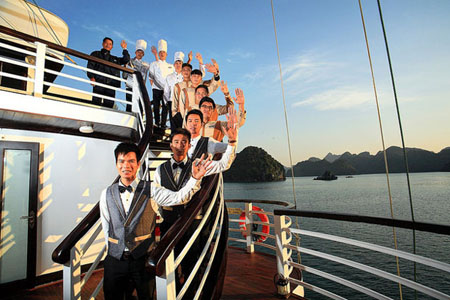 Glory Legend Cruises Crew