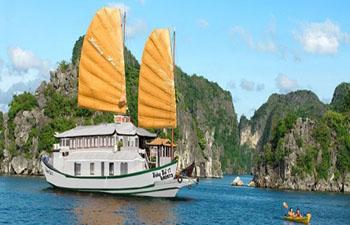 Huong Hai Junk Cruise Halong – 2 Days