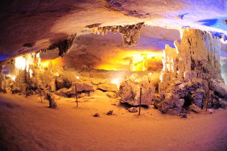 Khong Lor Cave, Khammouane Province