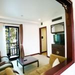 La Dolce Vita Hotel Hanoi Suite