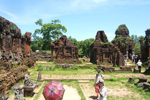 Discover Culture & Civilization of Cham – Day trip