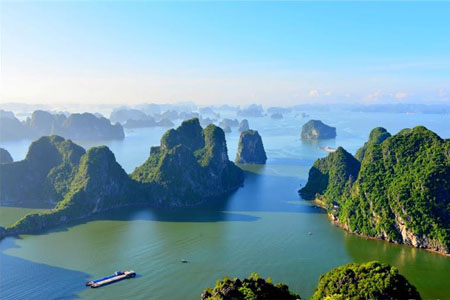 Overview of Ha Long Bay from Bai Tho Mountain