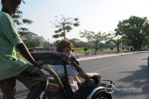 Phnom Penh by cyclo