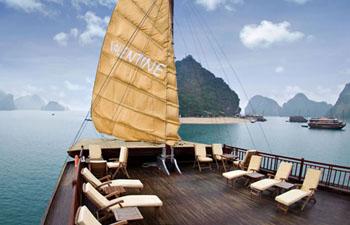 Valentine Cruise Halong – 3 Days