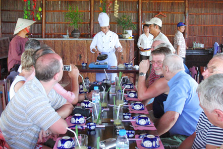 Tra Que Village Cooking Class