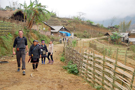 Trekking Hang Kia village