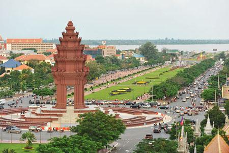 Victory Monument - Phnom Penh
