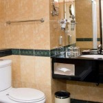 Windsor Plaza - Bathroom